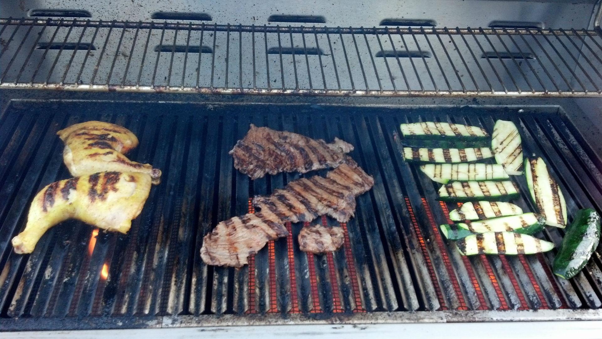 chicken-quarter_carne-asada_zucchini_on-grill-w1920