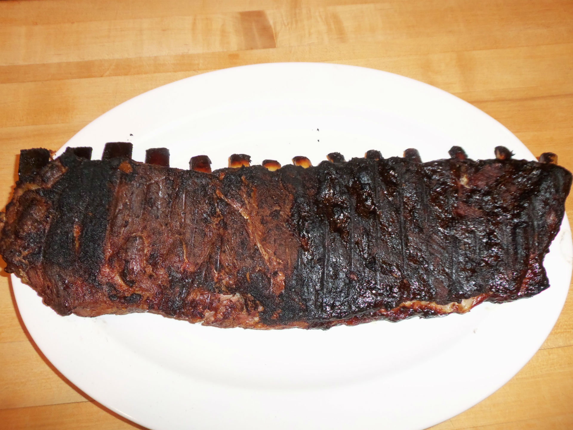 ribs-on-plate-w1920